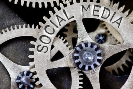 social-media-gears