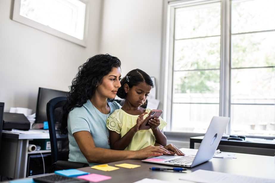 Working-From-Home-Is-Different-For-Parents-Introverts-And-Younger-Employees-scaled.jpg