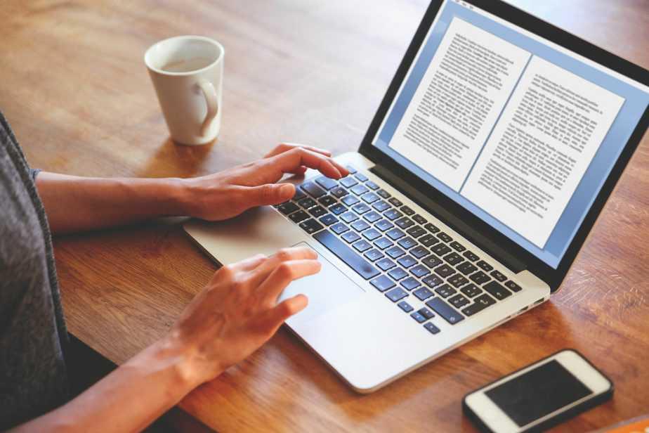 Three-Reasons-CEOs-Should-Write-A-Book-scaled.jpg